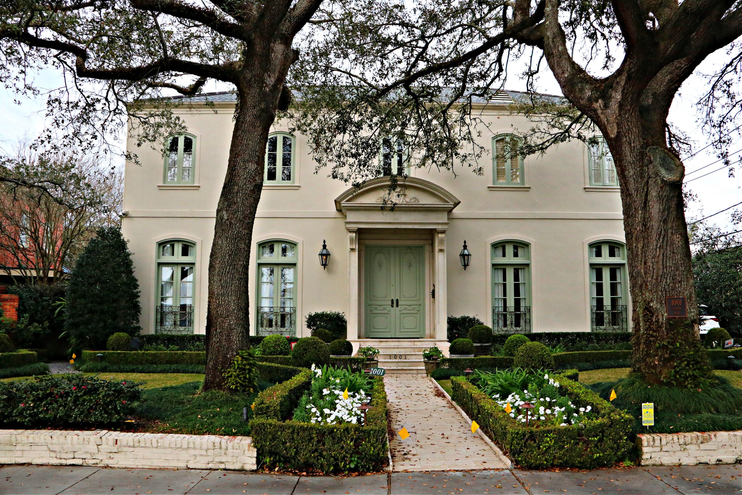 Old Metairie Homes